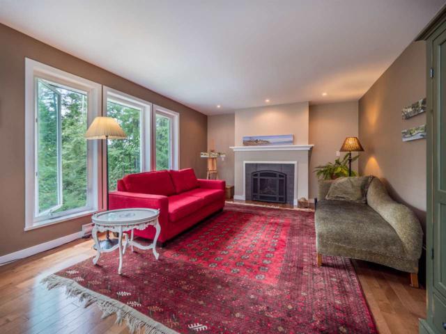 10089 Painter Road, Halfmoon Bay, BC V0N 1Y2 (#R2379699) :: Royal LePage West Real Estate Services