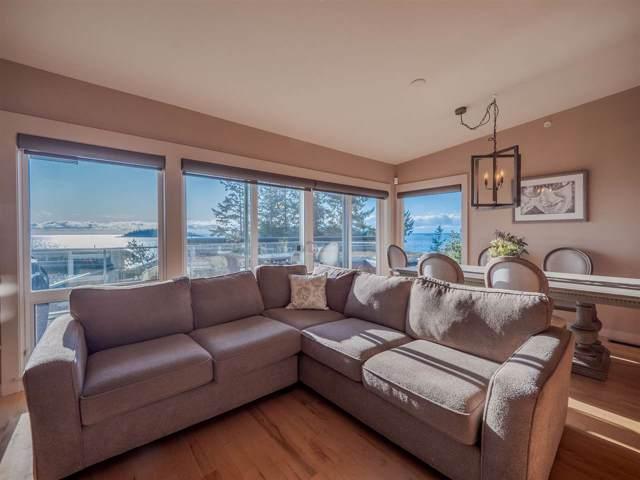 5398 Wakefield Beach Lane, Sechelt, BC V0N 3A0 (#R2421735) :: RE/MAX City Realty