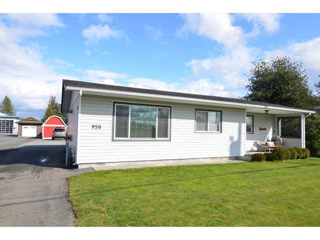 950 Columbia Street, Abbotsford, BC V2T 5X8 (#R2448275) :: Premiere Property Marketing Team