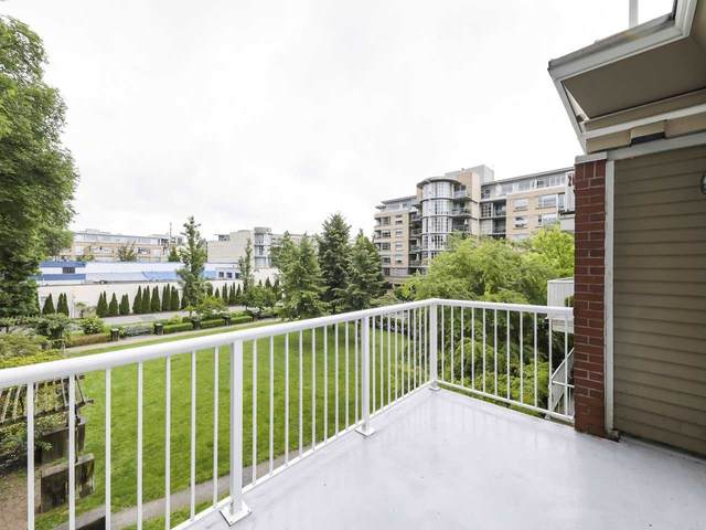 2628 Yew Street #308, Vancouver, BC V6K 4T4 (#R2473247) :: Initia Real Estate