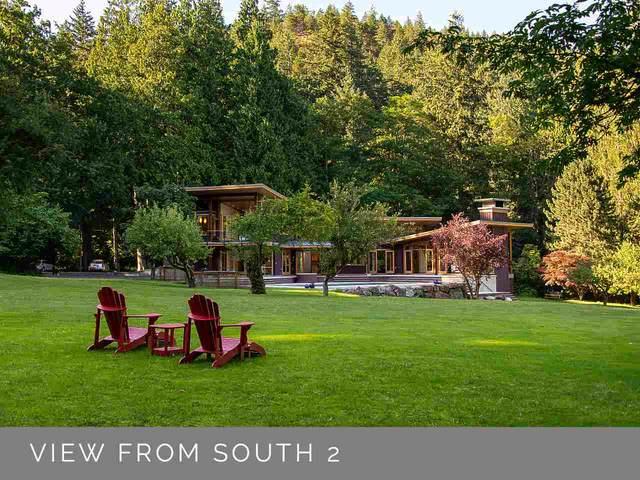 527 Collins Lane, Bowen Island, BC V0N 1G1 (#R2506663) :: Homes Fraser Valley