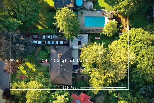 11227 92A Avenue, Delta, BC V4C 5X1 (#R2507824) :: Homes Fraser Valley
