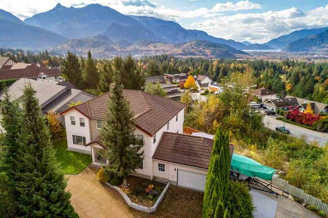 1027 Glacier View Drive, Squamish, BC V0N 1T0 (#R2511249) :: Initia Real Estate
