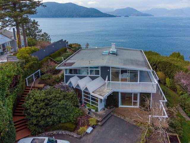 6955 Hycroft Road, West Vancouver, BC V7W 2K6 (#R2558572) :: Macdonald Realty