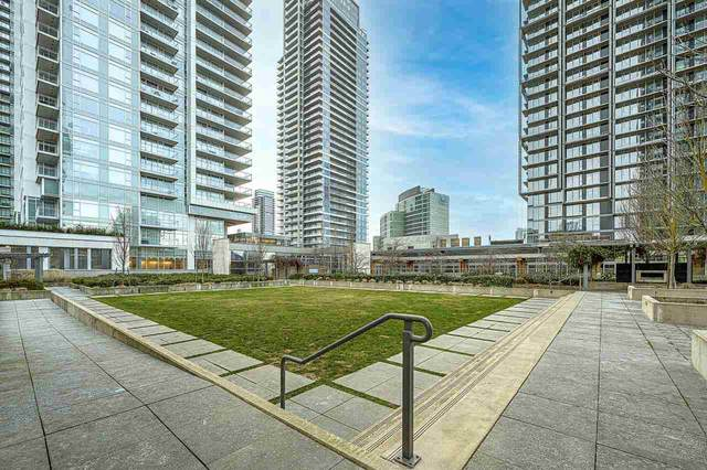 4688 Kingsway #1003, Burnaby, BC V5H 0E9 (#R2587570) :: 604 Home Group