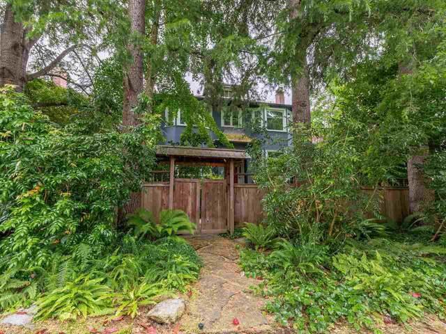 2556 W 2ND Avenue, Vancouver, BC V6K 1J8 (#R2593228) :: Initia Real Estate