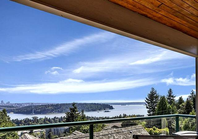 960 Younette Drive, West Vancouver, BC V7T 1S9 (#R2599319) :: Initia Real Estate