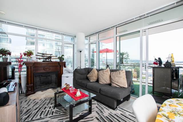 200 Nelson's Crescent #1207, New Westminster, BC V3L 0H4 (#R2601350) :: Initia Real Estate