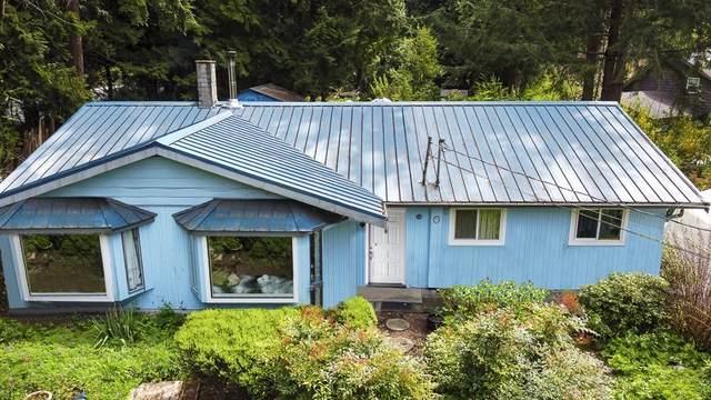 1388 Marlene Road, Roberts Creek, BC V0N 2W2 (#R2602523) :: 604 Home Group