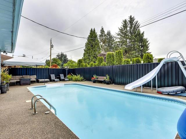 12188 Creston Street, Maple Ridge, BC V2X 5G2 (#R2603879) :: Premiere Property Marketing Team