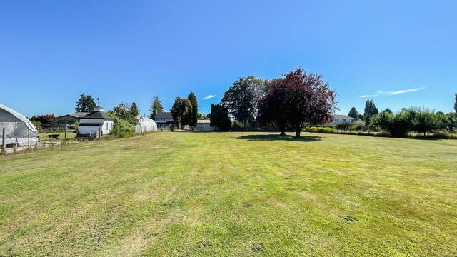 17311 Fedoruk Road, Richmond, BC V6V 1C6 (#R2608735) :: 604 Home Group