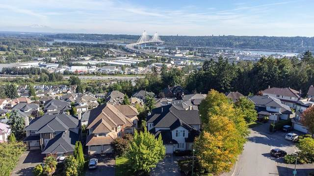 225 Sicamous Place, Coquitlam, BC V3K 6R9 (#R2615443) :: 604 Home Group