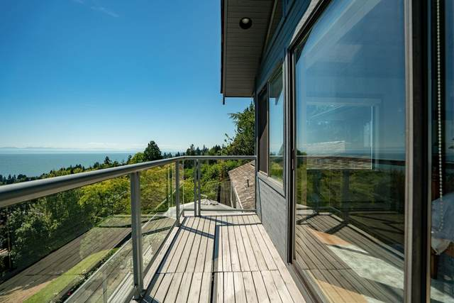2324 Queens Avenue, West Vancouver, BC V7V 2Y6 (#R2621701) :: 604 Home Group