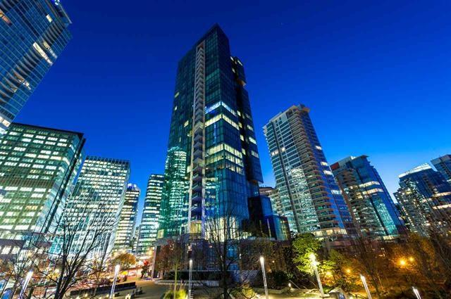 277 Thurlow Street #2301, Vancouver, BC V6C 0C1 (#R2181451) :: Re/Max Select Realty