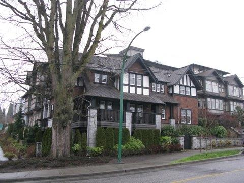 116 W 23RD Street #301, North Vancouver, BC V7M 2A9 (#R2191250) :: West One Real Estate Team