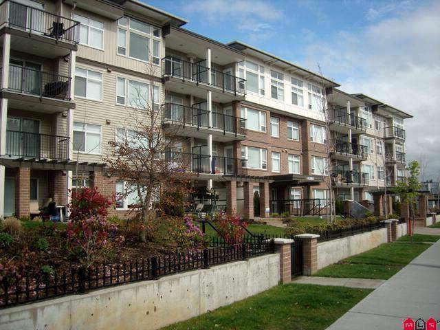 46289 Yale Road #204, Chilliwack, BC V2P 0B9 (#R2199167) :: Titan Real Estate - Re/Max Little Oak Realty