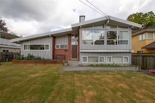 1217 Cottonwood Avenue, Coquitlam, BC V3J 2T4 (#R2199271) :: Vallee Real Estate Group