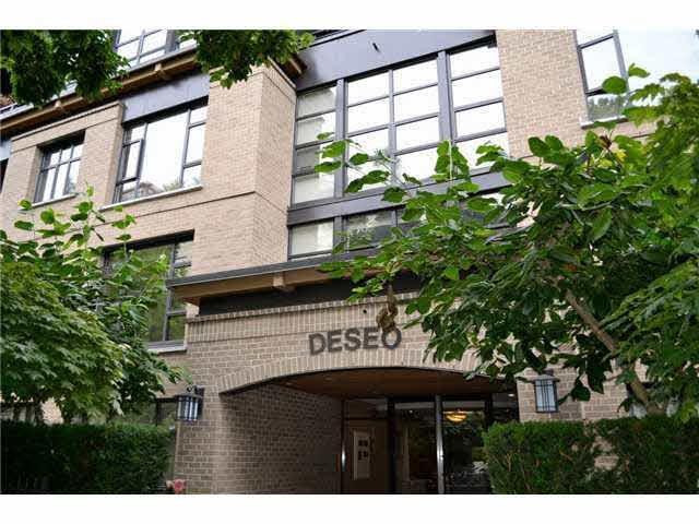 2226 W 12TH Avenue #403, Vancouver, BC V6K 2N5 (#R2199381) :: Titan Real Estate - Re/Max Little Oak Realty
