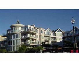 328 Esplanade Avenue #114, Harrison Hot Springs, BC V0M 1K0 (#R2206462) :: HomeLife Glenayre Realty