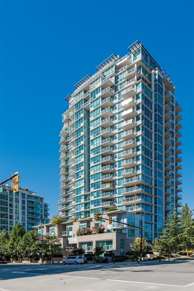 188 E Esplanade #604, North Vancouver, BC V7L 4Y1 (#R2208623) :: HomeLife Glenayre Realty
