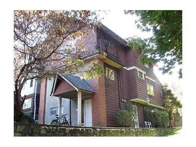 1236 E 7TH Avenue, Vancouver, BC V5T 1R2 (#R2215240) :: Re/Max Select Realty