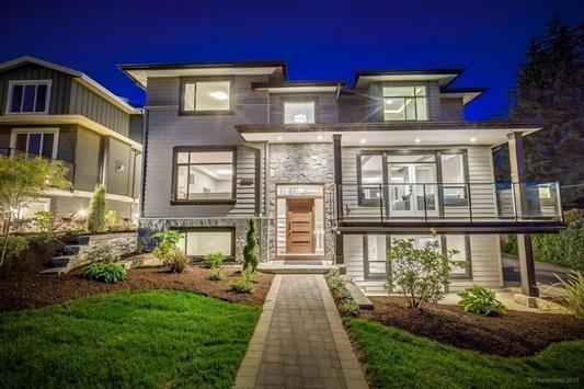 6261 6TH Street, Burnaby, BC V5E 3S5 (#R2215860) :: Vallee Real Estate Group
