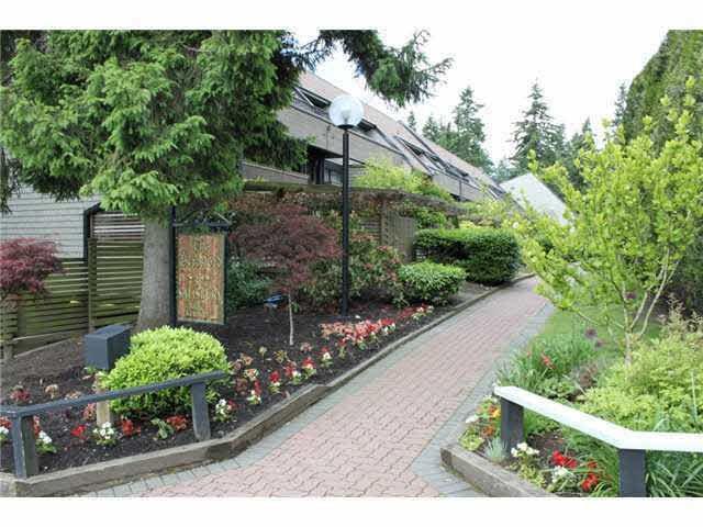7377 Salisbury Avenue #205, Burnaby, BC V5E 4B2 (#R2216106) :: Vallee Real Estate Group