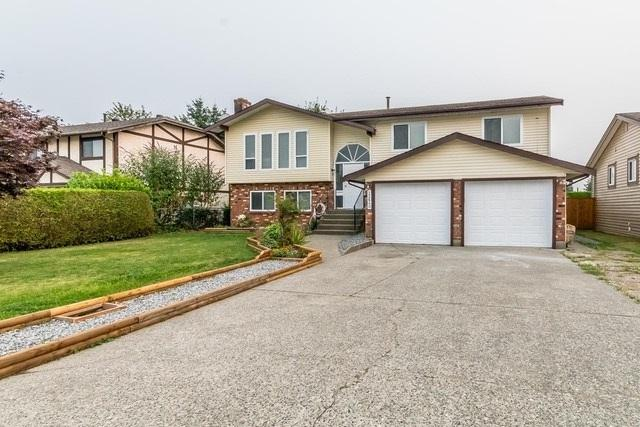 32640 Esquimalt Terrace, Abbotsford, BC V2T 4Z2 (#R2220814) :: Titan Real Estate - Re/Max Little Oak Realty