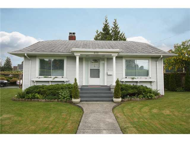 802 Eighth Street, New Westminster, BC V3M 3S8 (#R2222903) :: West One Real Estate Team