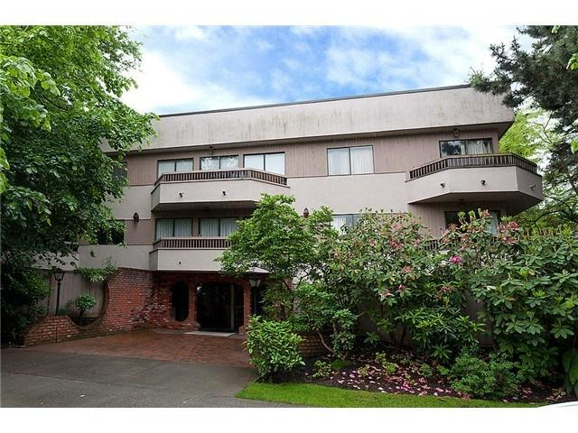 2190 W 8TH Avenue #104, Vancouver, BC V6K 2A4 (#R2227406) :: Vallee Real Estate Group