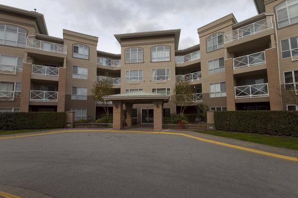 2551 Parkview Lane #313, Port Coquitlam, BC V3C 6J8 (#R2232077) :: Vancouver House Finders