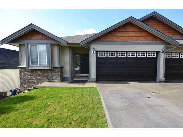 208 Jackson Street, Coquitlam, BC V3K 4B9 (#R2240854) :: Re/Max Select Realty