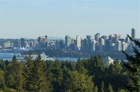 738 Parkside Road, West Vancouver, BC V7S 1P3 (#R2254645) :: West One Real Estate Team