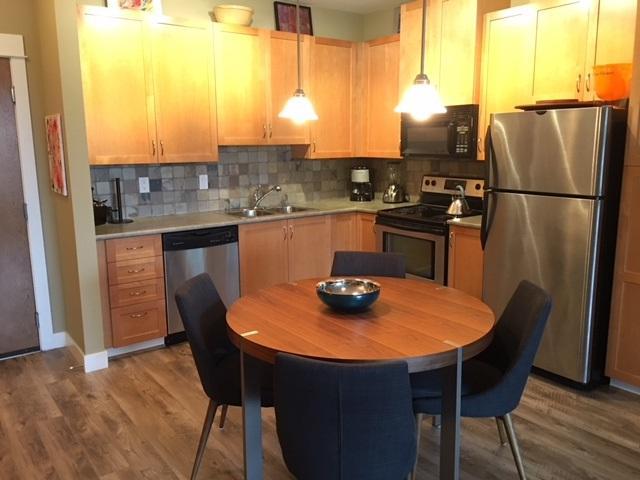 2955 Diamond Crescent #408, Abbotsford, BC V2T 2L5 (#R2258161) :: Titan Real Estate - Re/Max Little Oak Realty
