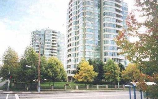 15038 101 Avenue #1704, Surrey, BC V3R 0N2 (#R2258723) :: West One Real Estate Team