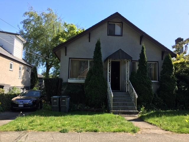 142 E 43RD Avenue, Vancouver, BC V5W 1S9 (#R2267092) :: TeamW Realty