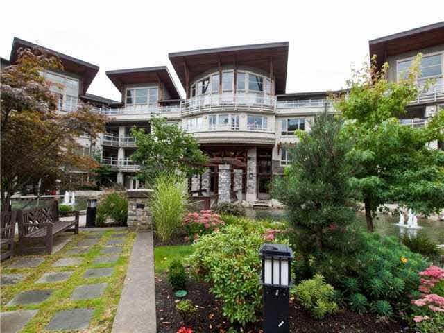 530 Ravenwoods Drive #119, North Vancouver, BC V7G 2T5 (#R2272608) :: Vancouver House Finders