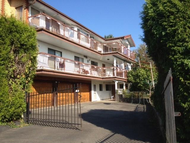 6110 Kitchener Street, Burnaby, BC V5B 2J4 (#R2280002) :: Simon King Real Estate Group