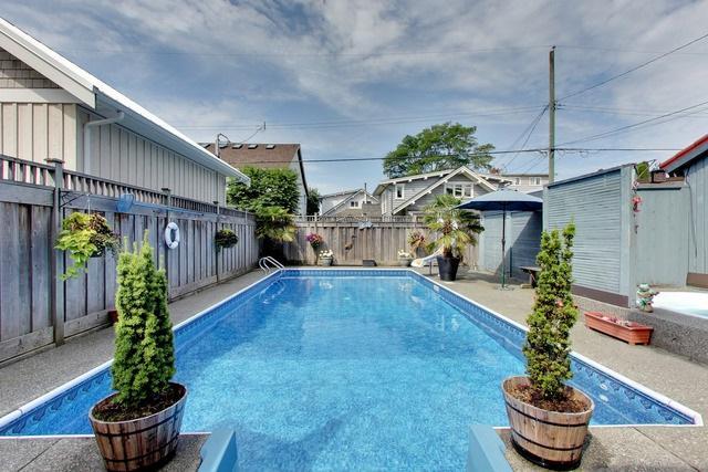 2875 Mcbride Avenue, Surrey, BC V4A 3G2 (#R2282860) :: JO Homes | RE/MAX Blueprint Realty
