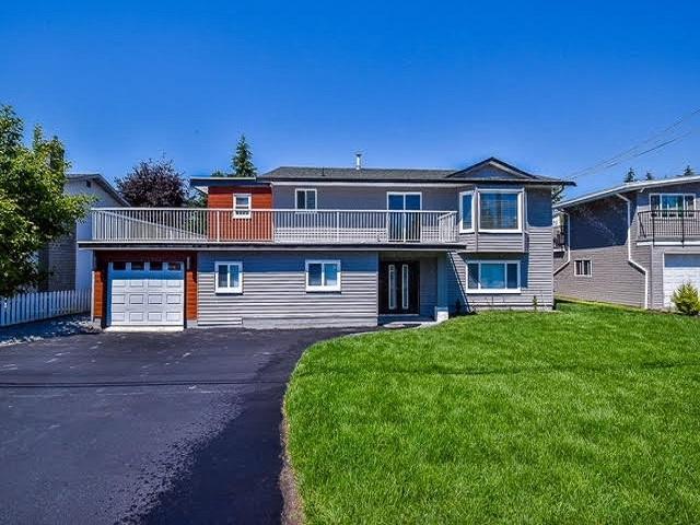 32085 Holiday Avenue, Mission, BC V2V 2M9 (#R2296765) :: JO Homes | RE/MAX Blueprint Realty