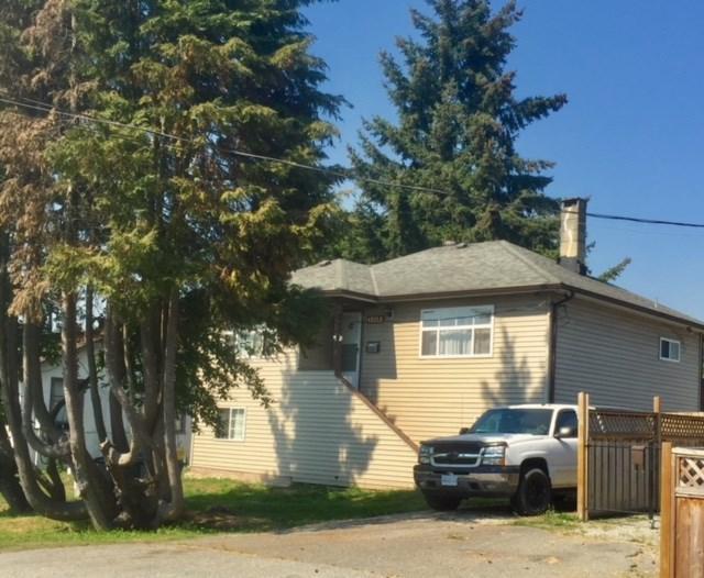 12759 112A Avenue, Surrey, BC V3V 3L5 (#R2301295) :: Vancouver House Finders
