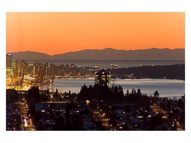 251 N Springer Avenue, Burnaby, BC V5B 1H5 (#R2306566) :: West One Real Estate Team