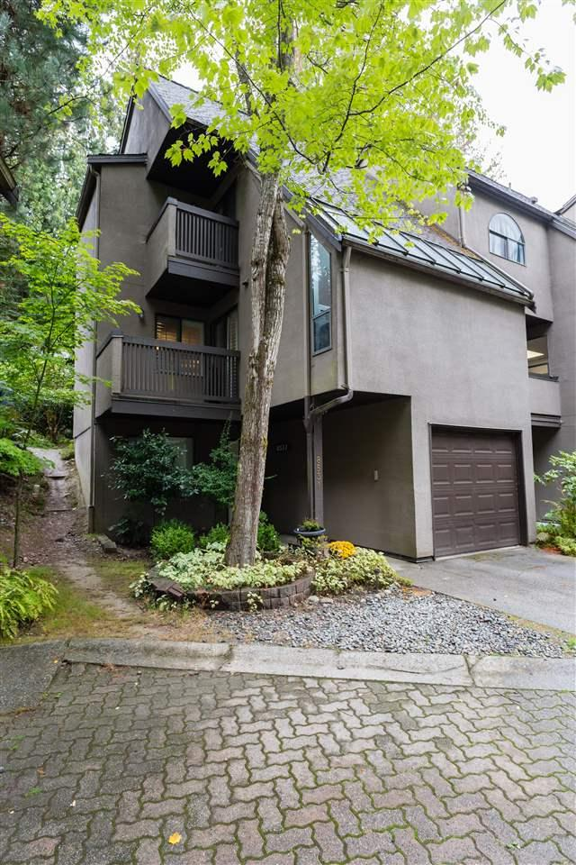 8531 Woodtrail Place, Burnaby, BC V5A 4A9 (#R2307648) :: West One Real Estate Team