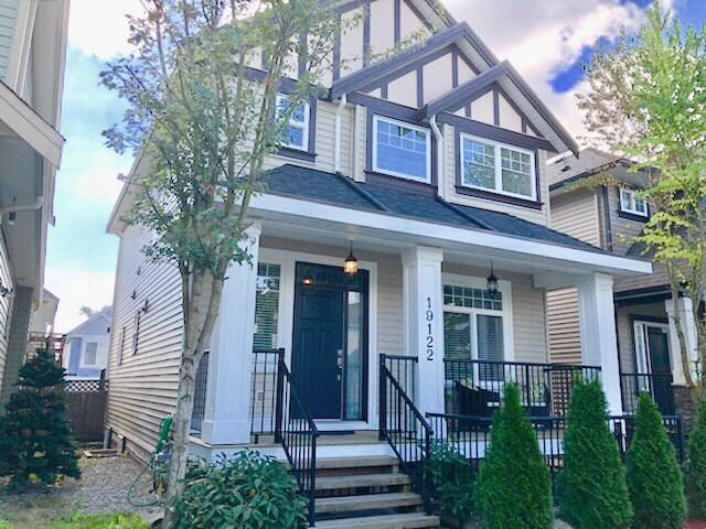 19122 68 Avenue, Surrey, BC V4N 6A5 (#R2308262) :: West One Real Estate Team