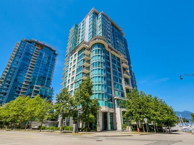499 Broughton Street #407, Vancouver, BC V6G 3K1 (#R2315507) :: West One Real Estate Team