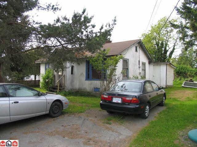 12751 112A Avenue, Surrey, BC V3V 3L5 (#R2315934) :: TeamW Realty