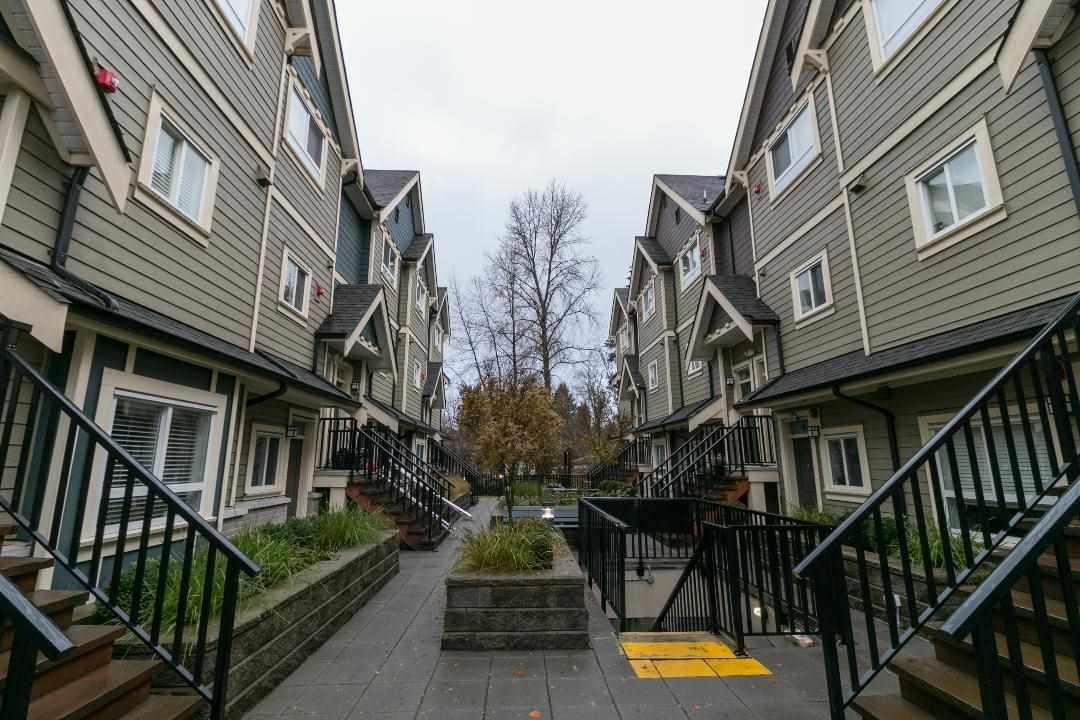 3488 Sefton Street #204, Port Coquitlam, BC V3B 3R2 (#R2323582) :: West One Real Estate Team