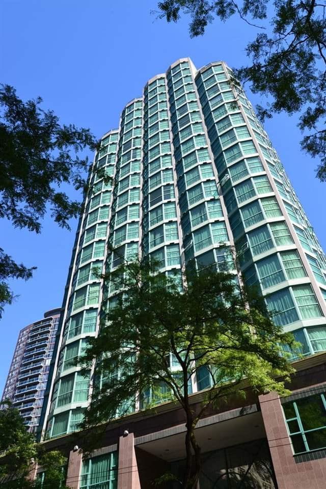 888 Hamilton Street #503, Vancouver, BC V6B 5W4 (#R2332515) :: Vancouver Real Estate