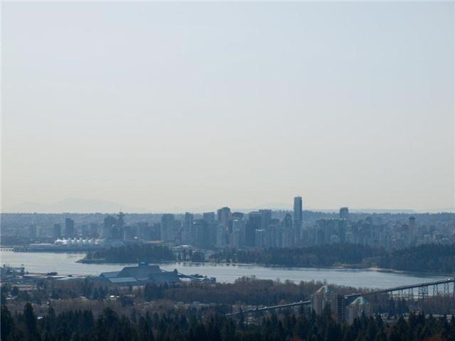 910 Eyremount Drive, West Vancouver, BC V7S 2B3 (#R2334343) :: Premiere Property Marketing Team