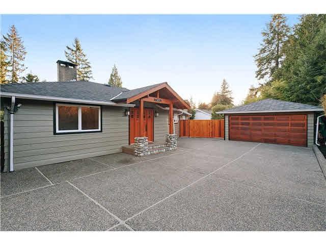 315 Macbeth Crescent, West Vancouver, BC V7T 1V8 (#R2338776) :: Vancouver Real Estate